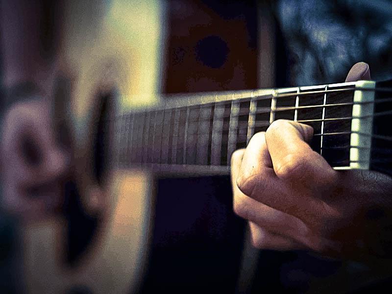 Gitarrenunterricht in Grünstadt / Pfalz für motivierte Anfänger und Fortgeschrittene. E-Gitarre, Konzertgitarre - Neuleinigen, Kirchheim, Bissersheim, Deidesheim, Dackenheim, Dirmstein, Bad Duerkheim, Musikunterricht fuer Erwachsene und Kinder Pop Rock Sould Rap HipHop Electro Klassik Flamenco Brazilian